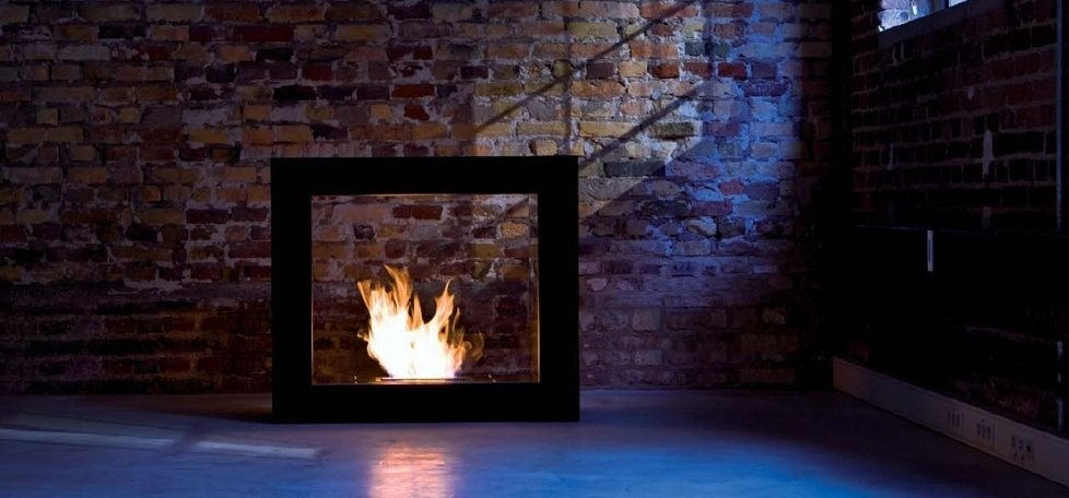 Secured ethanol fireplace